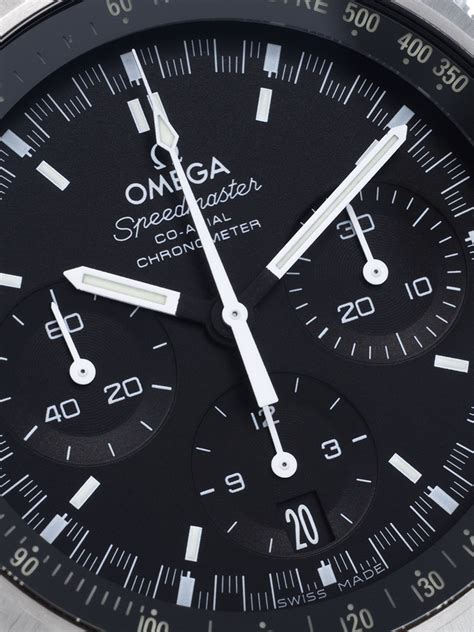 The large replica Omega Speedmaster Mark II 327.10.43.50.01.001 watches have black dials.