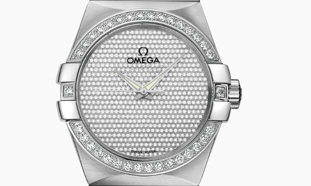 The 38 mm copy Omega Constellation 123.55.38.20.99.001 watches have diamond-paved dials.