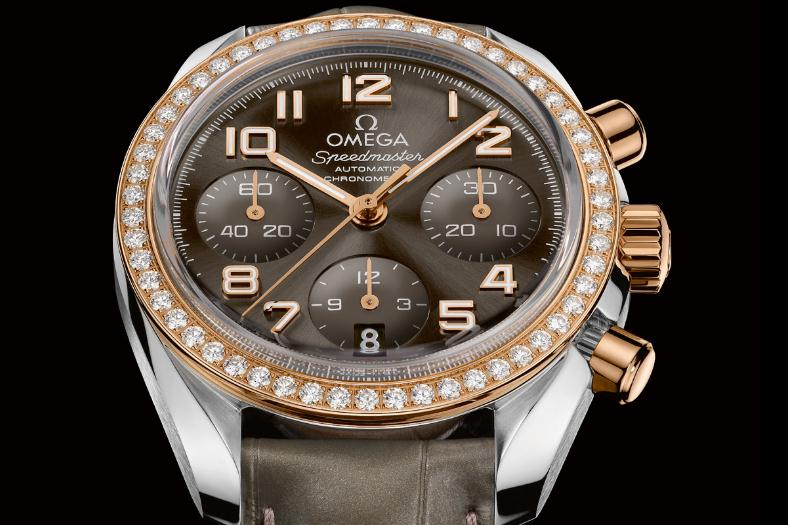 The luxury fake Omega Speedmaster 324.28.38.40.06.001 watches are made from stainless steel, 18k red gold and diamonds.