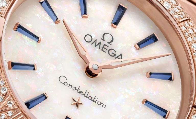The female fake watches have white opal dials.