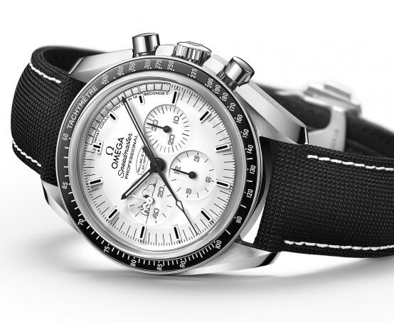 The special Omega Speedmaster has been favored by many watch lovers with the legendary story.