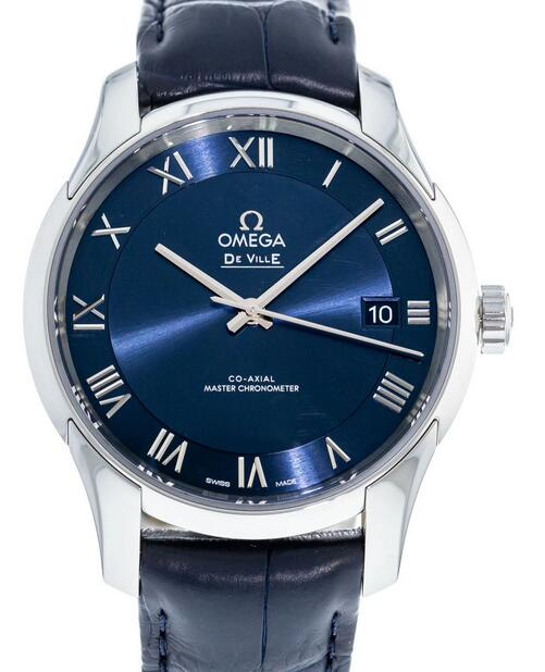 Online replica watches are adorned with blue color.